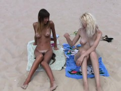 Busty Girls At Beach Hidden Cam