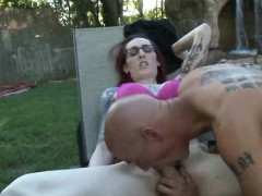 Emo Punk Tranny Fucks Cock Outdoor!