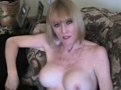 Mother Plays A Sex Game Barbra From Dates25com