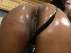 ebony cougar deep throats a penis