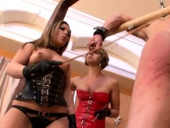 get-slapped-by-two-hot-babes