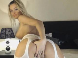 Blonde Slut Fingering In Fishnet Stockings