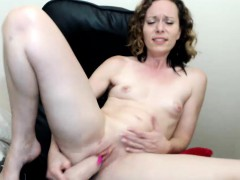 hot-sexy-small-tits-camwhore-on-webcam-plays-with-sextoy