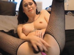 tattooed-babe-with-pierced-nipples-fucked-her-pussy