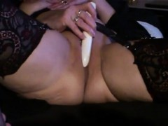 wife-play-on-cam