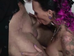 bro-blackmail-natural-tits-step-sister-to-blow-his-dick