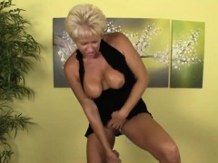 titfucking-granny-uses-boobs-before-tugging