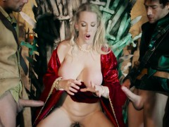 ella-hughes-and-rebecca-moore-in-queen-of-thrones-part-4-a-x