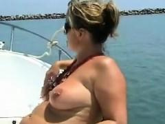 stepmom-in-the-ship