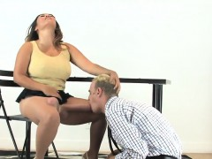 Teens Screw Fellows Anal With Oversized Strap ons And Squirt