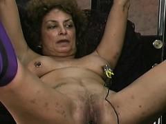 big-beautiful-woman-non-professional-thraldom-porn