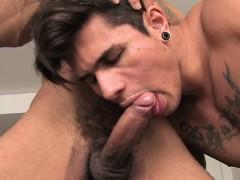 brazilian-gay-flip-flop-with-cumshot