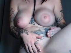 amateur-flick-of-slutty-tattooed-cammodel