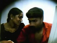 indian-college-teen-fucked-in-cyber-cafe-filmed-by-hidden