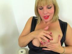 British milf Danielle gets turned on in bathroom