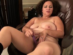 next-door-milfs-from-the-usa-mia-marie-and-fannie