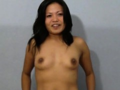 Luscious oriental girl gives a professional fellatio job