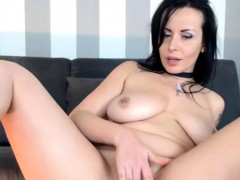 Very Sweet Camslut On Live Cam