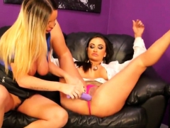 Stunned peach in lingerie is geeting peed on and penetrated3
