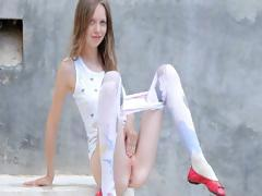 luxury-peening-of-super-skeletal-girl