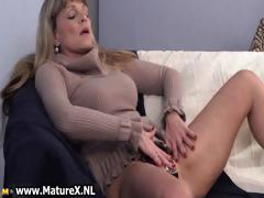 older-mature-blond-womain-with-nice-part4