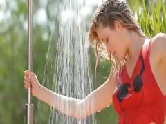 Hot Garden Splash And Unique Body