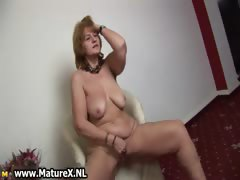hot-old-housewife-stripping-and-playing-part2
