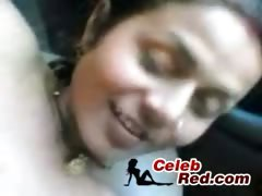 indian-amateur-couple-fucking-in-car-indian