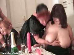 horny-experienced-woman-grabs-some-part2