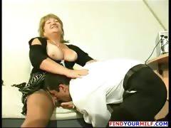 fat-mature-cougar-get-horny