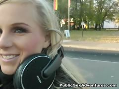 blonde-party-girl-loves-outdoor-fucking