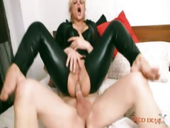 enema-y-anal-sex