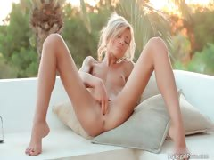 hot-skinny-sexy-ass-horny-blonde-babe-part5