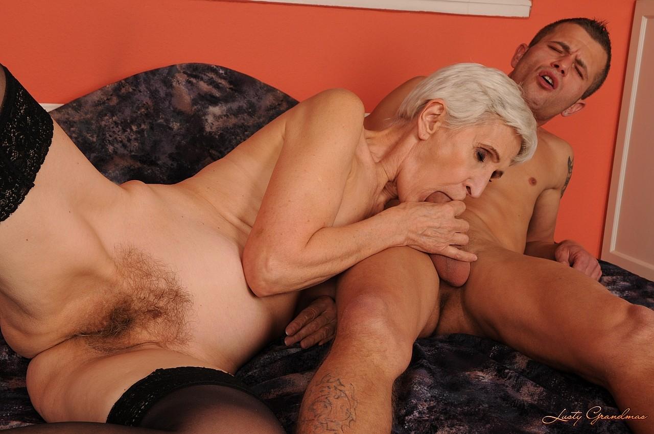 порно просто порно бабушками