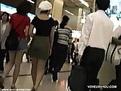 subway-stattion-panties-back-lighting