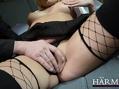 Schoolgirl Enjoys A Big Dick In Her Teenage Ass