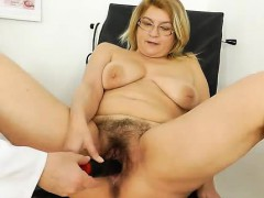 experiencing-pleasures-during-a-lady-gyno