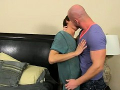 Gay Fuck He Calls The Skimpy Guy Over To His Building After