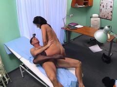 Порно с красивыми молодыми девочками