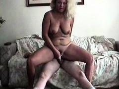 Andra Waxed And Cum On