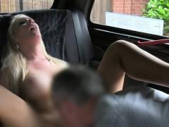 Cab Driver Gets Rimjob And Blowjob