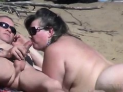 spying-public-blow-jobs-at-nude-beach