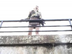 stealthy-spycam-upskirt-shots-of-a-hot-babe-on-a-bridge-rev