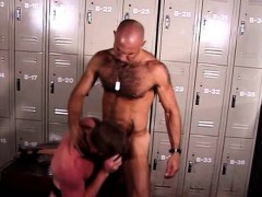 Exciting Gay Cop Gives A Nice Blowjob Before Getting Fucked In The Ass