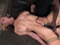 Bonded Dee Williams Facefucked With Dildo