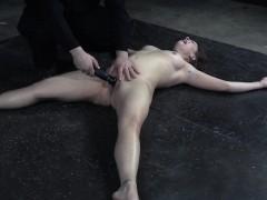 Submisive Slut Flogged And Pussy Toyed