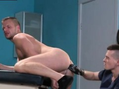 sex-gay-porn-with-small-boy-brian-bonds-stops-in-to-see-his