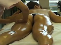 stacked-asian-babe-gets-her-superb-ass-and-her-sexy-legs-al