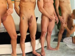 blowbang-group-blowjob-given-by-roxy-rockat-on-cum-for-cover