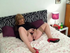 Cd In Stockings Matures
